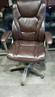 1 month old Serta leather executive chair