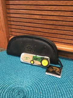 FRANKLIN MINT JOHN DEERE COLLECTIBLE