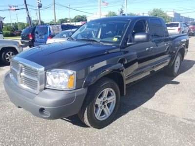 2007 Dodge Dakota SLT (Brilliant Black Crystal Prl)