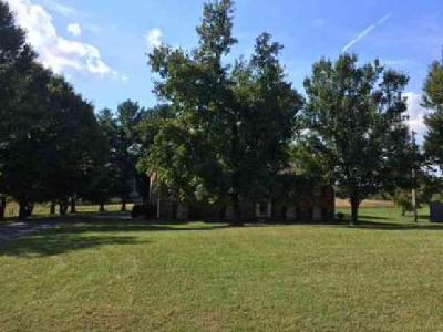 1063 Johns Rd Joelton Four BR, great investor house or someone