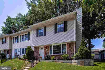 7512 Haines CT LAUREL Three BR, Great, move-in ready townhome
