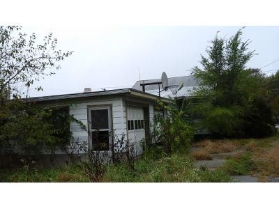 2 Bed 1.0 Bath Foreclosure Property in Elwood, IN 46036 - N State Road 13