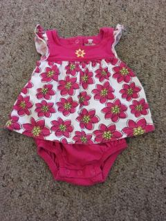 Infant Outfit, Size 3 months