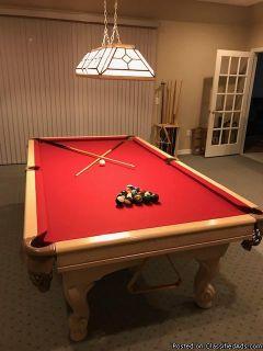 CHAMPIONSHIP POOL TABLE