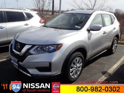 2018 Nissan Rogue S AWD (Brilliant Silve)