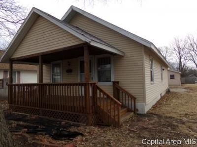 3 Bed 1 Bath Foreclosure Property in Decatur, IL 62526 - N Gulick Ave