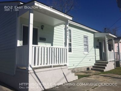 802 E Bolton-3 Bedroom Duplex Ready for SCAD