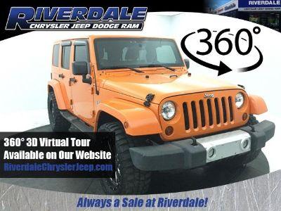 2012 Jeep Wrangler Unlimited Sahara (Crush Clearcoat)
