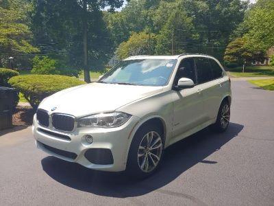 2017 BMW X5 xDrive35i Sports Activity Vehi (Mineral White Metallic)