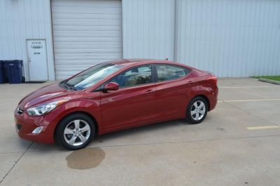 2013 Hyundai Elantra GLS (RED)