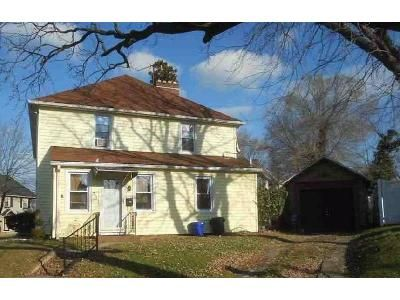 3 Bed 2 Bath Foreclosure Property in Gloucester City, NJ 08030 - Marne Rd