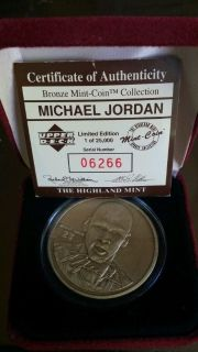 *** MICHAEL JORDAN Bronze Coin from Highland Mint w/case and C.O.A. ***