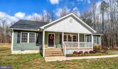 720 Coon Box Road Centreville Three BR, come see this super