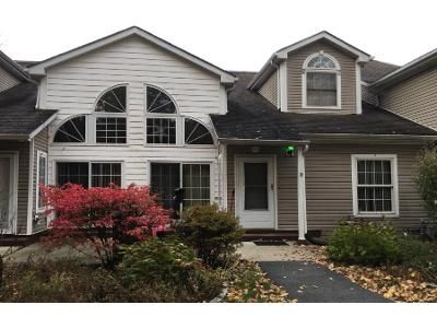 2 Bed 2.0 Bath Preforeclosure Property in Putnam Valley, NY 10579 - Pembrooke Ct