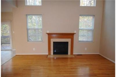 Large Single Family Home in Golf Course Community. Will Consider!