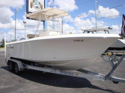 2017 Sailfish 220 CC Center Console Boats Holiday, FL
