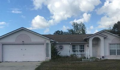 Great starter home for a first time home buyer and a investment oppertunity 3bed/2bath/2car garage.