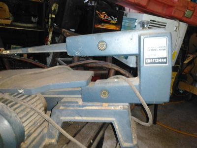 Craftsman 16in schroll saw from Sears in excellent condition