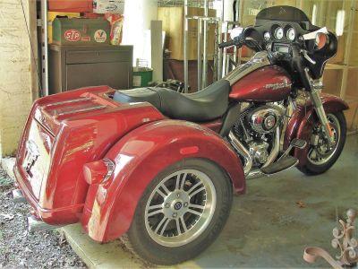 2010 Harley-Davidson FLH TRI - GLIDE Motorcycle (Factory Harley Davidson) 3 Wheel Motorcycle Williamstown, NJ