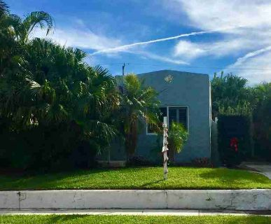 818 Kanuga Drive West Palm Beach Two BR, Rare gem in the sought