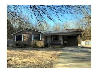 4 Bed 2 Bath Foreclosure Property in Gadsden, TN 38337 - Beth Dr