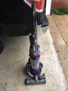 Dyson Ball DC 25. Vacuum cleaner. Hernando cross posted