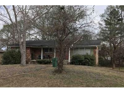 3 Bed 2 Bath Foreclosure Property in Tupelo, MS 38801 - Lawndale Dr