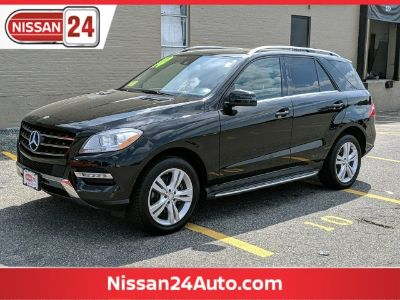 2014 Mercedes-Benz M-Class ML350 4MATIC (Obsidian Black Metallic)