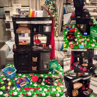 Kid s Step 2 Black Play Kitchen with Pretend Food and Accessories
