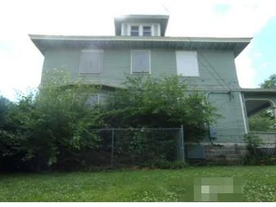 3 Bed 1.5 Bath Foreclosure Property in Burlington, IA 52601 - Division St