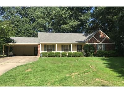 4 Bed 2 Bath Preforeclosure Property in Memphis, TN 38115 - Glen Echo Dr