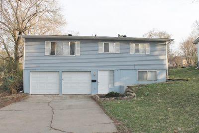 $1015 3 apartment in Grandview