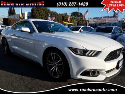 2017 Ford Mustang EcoBoost Premium Fastback (Oxford White)
