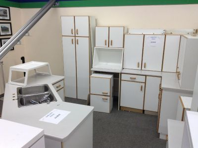 Gently Used Euro Kitchen