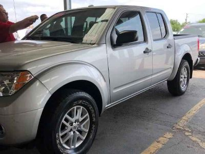 Used 2014 Nissan Frontier 4WD Crew Cab SWB Auto