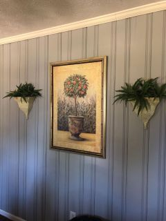 Picture & two decor pieces