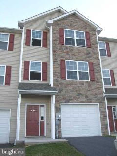 406 Viewpoint Way Waynesboro Three BR, Spacious townhouse styled