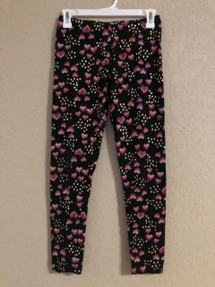Cat & Jack Valentine s Day Heart Leggings Pants. Nice Condition. Size 14-16