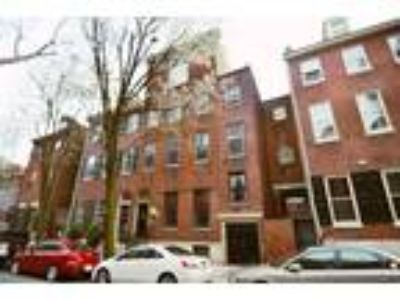 1010-12 Clinton Street - Std One BR One BA