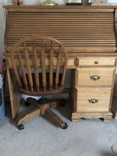 Roll top desk with chair