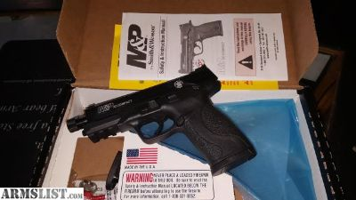 For Sale: S&W M&P 22