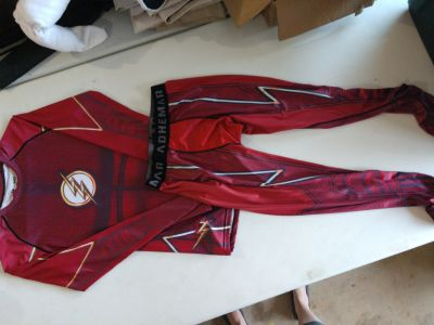 Cody Lundin compression flash outfit