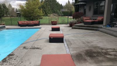 3 outdoor lounge seats