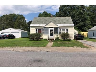3 Bed 1 Bath Foreclosure Property in Fort Edward, NY 12828 - Putnam Ave
