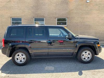 2016 Jeep Patriot (Black)