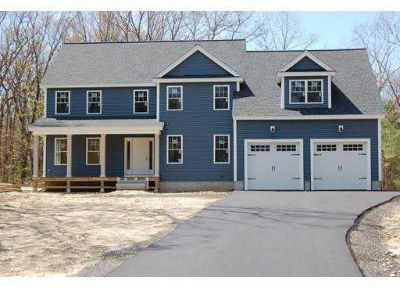 35 Diamond St. Chelmsford Four BR, Stop the search - Location
