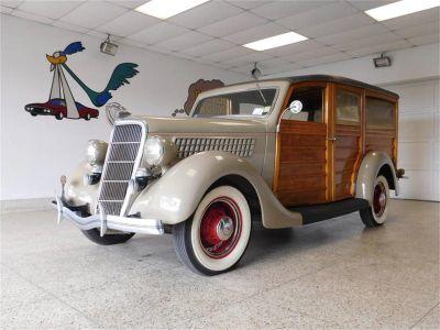 1935 Ford Woody Wagon