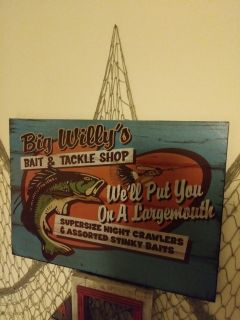 Big Willy's wooden sign