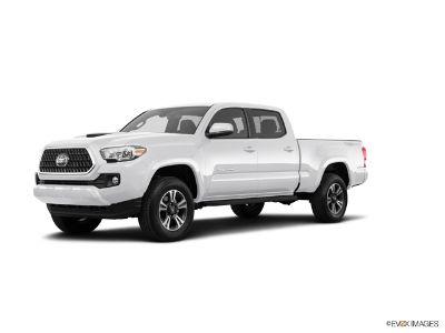 2018 Toyota Tacoma SR5 V6 DOUBLE CAB (Super White)