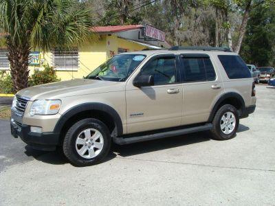 2007 Ford Explorer XLT (Gold)